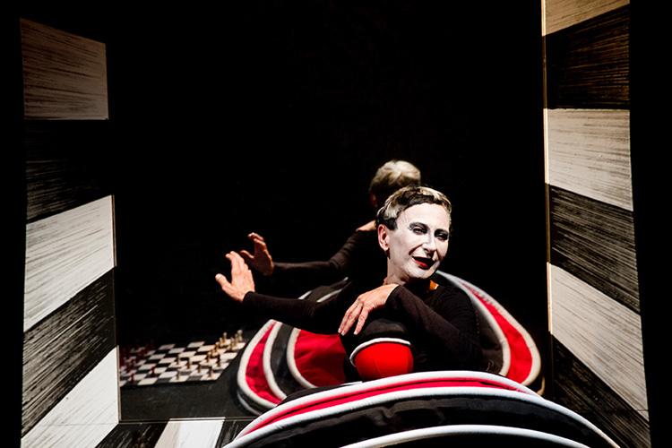 Theatre_26w